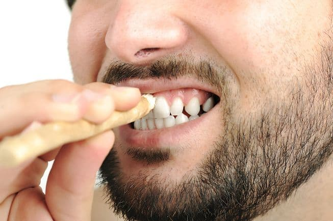 Benefits of using a Miswak