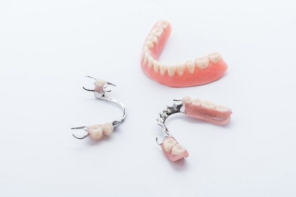 partial denture types and benefits
